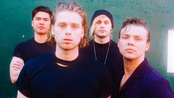 "I 5 Seconds of Summer lanciano ""Lie To Me"" con Julia Michaels"