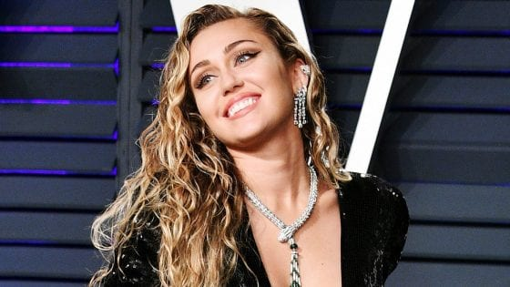 L'endorsement di Miley Cyrus per Ariana Grande