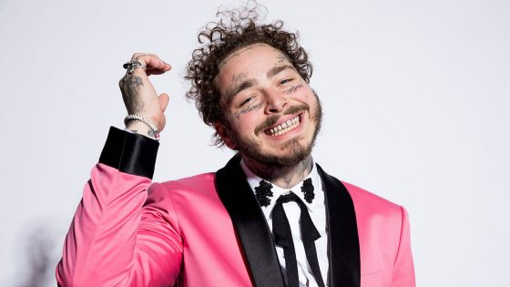 "Post Malone: video di ""Circles"", copertina e track list del nuovo album"
